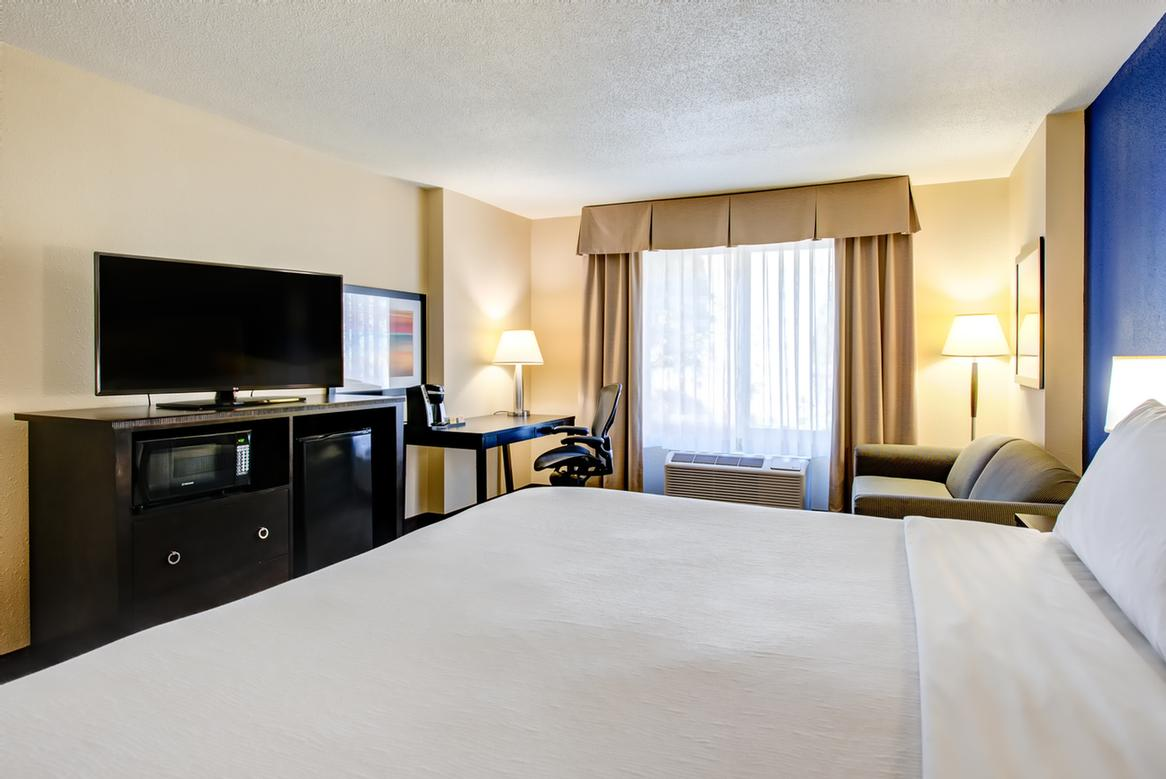 Image of Holiday Inn Indianapolis / Carmel