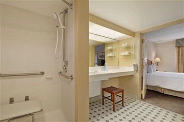 Handicap Accessible Suite Bathroom 15 of 19