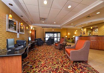 Going Through Social Media Withdrawl? We Have A Fully Stocked Business Center Located In Our Lobby 10 of 15