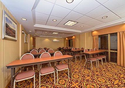 The Pacific Room Which Seats 30 Is Waiting For Your Group To Have Your Function. 14 of 15