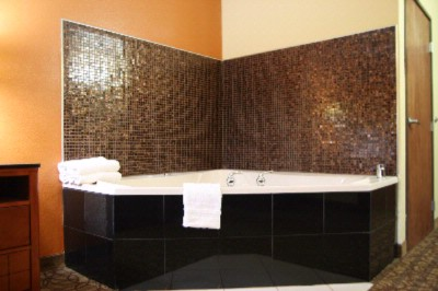 Jacuzzi Suites Available 20 of 20