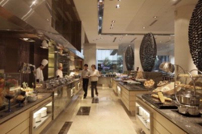 Serena Brasserie Buffet 15 of 23