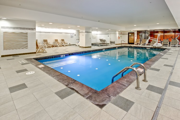 Indoor Swimming Pool 5 of 18