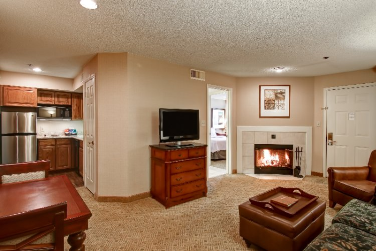 King Master Suite With Fireplace 9 of 11