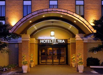 Welcome To The Hotel Tria! 3 of 8