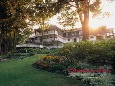 Clevelands House Resort Muskoka