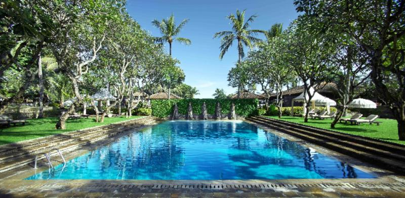 Balinese Bath Pool 5 of 27