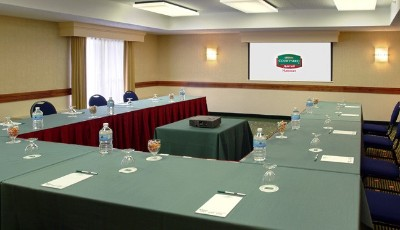 Banquet Space Ideal For A Post-wedding Brunch Or Small Corporate Meeting 5 of 6