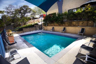 Outdoor Swimming Pool Or 5 Minute Walk To The Beach! 6 of 15