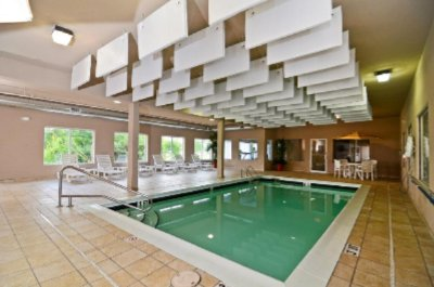 Beautiful Heated Indoor Pool 12 of 14