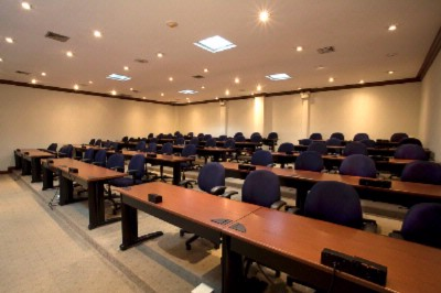 Meeting Rooms 16 of 17