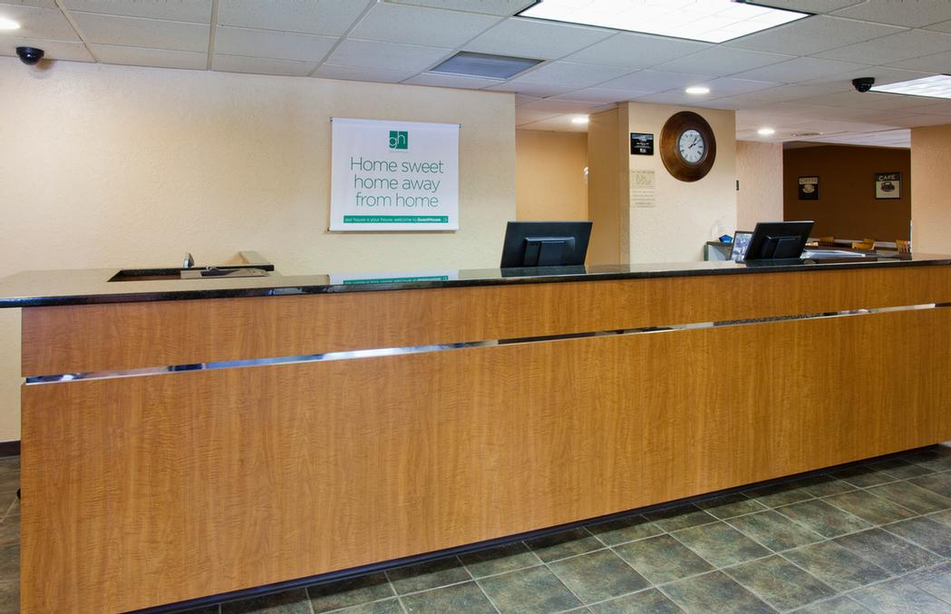 Front Desk 9 of 11