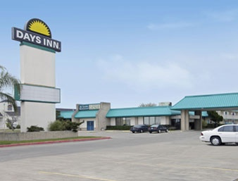 Days Inn 1 of 7