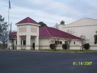 Image of Deerfield Inn & Suites.