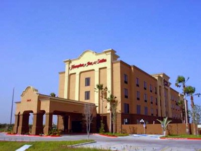 Hampton Inn & Suites Pharr 1 of 22
