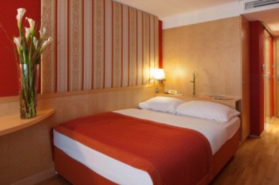 Deluxe Single Room 6 of 11