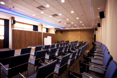 Conference Room3 9 of 11