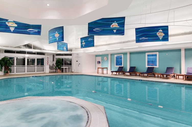 Indoor Swimming Pool 4 of 5