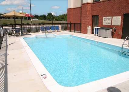 Outdoor Pool With Sundeck 10 of 14