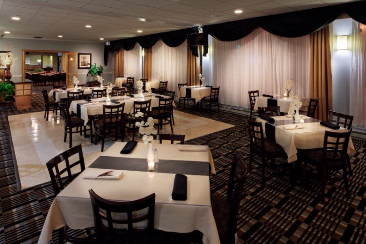 Connie\'s Corner Restaurant & Lounge 6 of 11