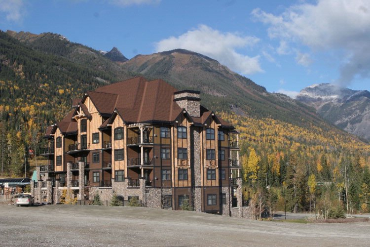 Glacier Mountaineer Lodge 1549 Kicking Horse Trail Golden Bc V0a1h0