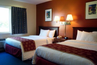 Red Carpet Inn & Suites 166 Highland St. Plymouth NH 03264