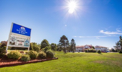 Canada\'s Best Value Inn & Suites Summerside 1 of 6