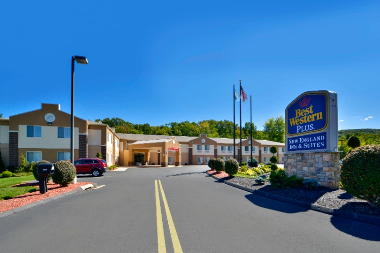 Best Western Plus New England Inn & Suites 1 of 9