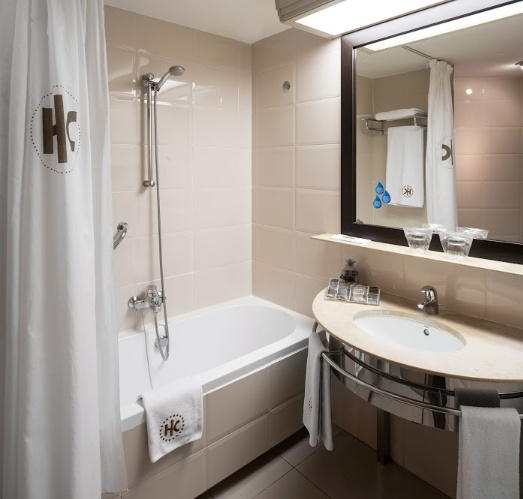 Bathroom Standart Double Or Twin Room 7 of 31