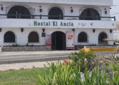 Hostal El Ancla 1 of 8