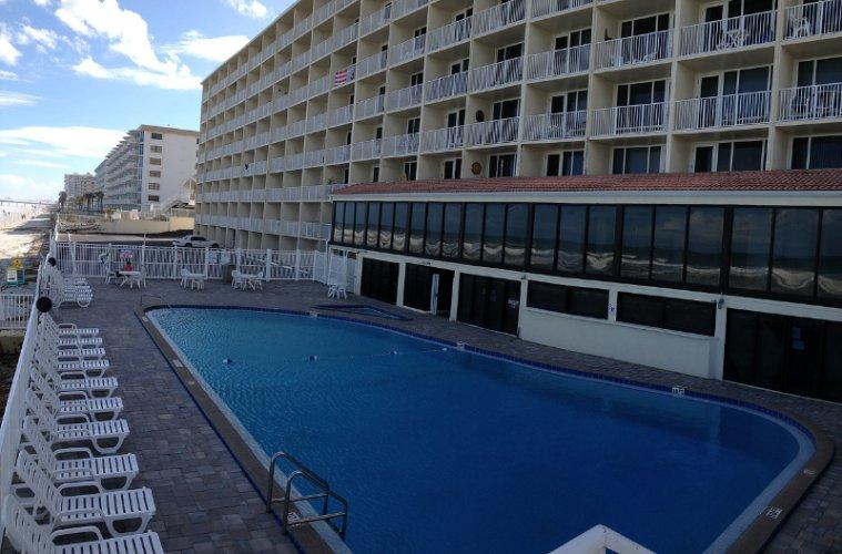 Pirates Cove Daytona Beach Resort 1 Of 9 Previousnext