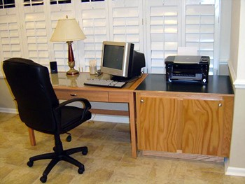Business Center 3 of 9