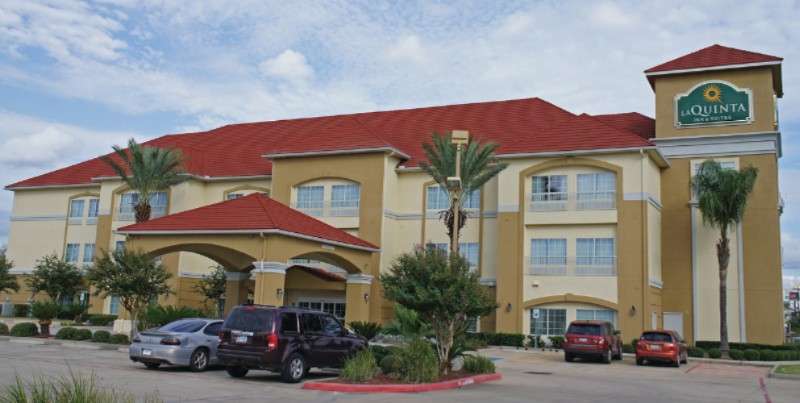 La Quinta Inn & Suites 1 of 16