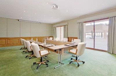 Meeting Rooms With Natural Daylight 4 of 7