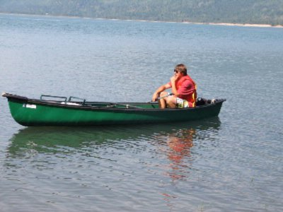 Free Canoes On 400 Km Quiet Lake 10 of 16