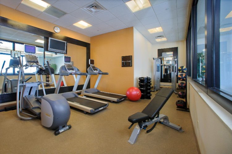 Fitness Center 10 of 12