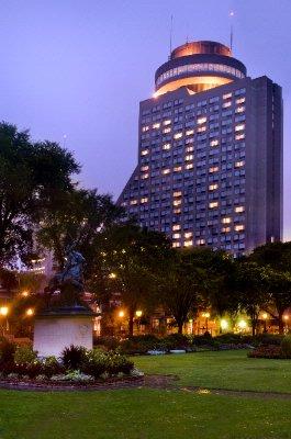 Loews hotel le concorde quebec city qc 1225 cours du for Chambre d hote quebec city