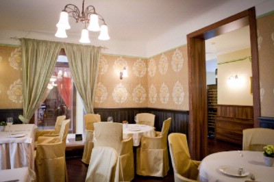 Restaurant Ambiente_room Living Room 13 of 15