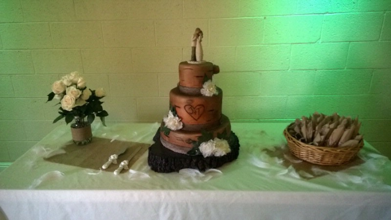 Banquet Hall Wedding Cake 21 of 31