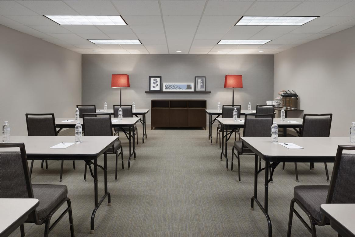 Conference Room 7 of 10