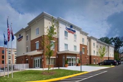 Candlewood Suites Alexandria Fort Belvoir 1 of 10