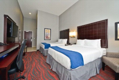 All Guest Rooms Include A Fridge Microwave Dvd Player And 40 Inch Hdtv 4 of 16