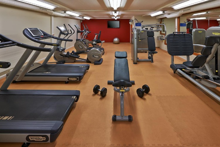 Fitness Centre 16 of 18