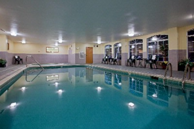 Indoor Pool And Spa 6 of 8
