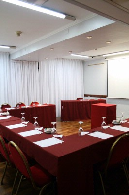 Aconcagua Meeting Room 24 of 25