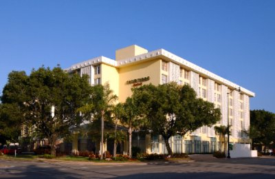 Courtyard by Marriott Coral Gables 1 of 10