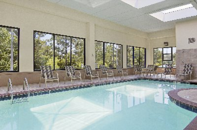 Indoor Swimming Pool & Whrilpool Come On In The Water\'s Fine! Time To Relax And Refresh. 7 of 11