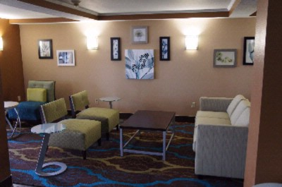 Guest Gathering Area 4 of 6