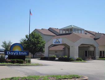 Days Inn St. Louis Westport 1 of 16