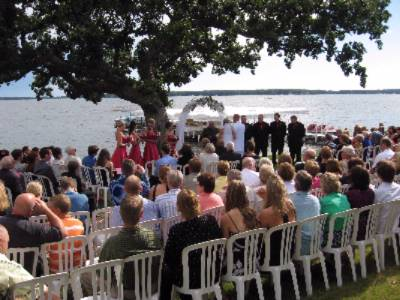 Lakefront Ceremonies Are Something Special At The Inn! 26 of 31
